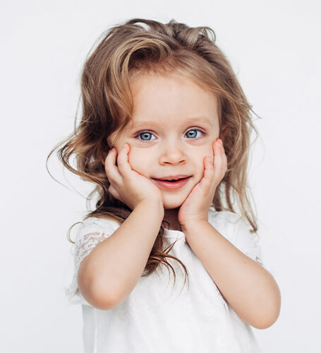 Børneklip i Valby hos frisørsalon CutnCurls
